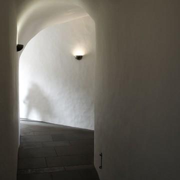 Chasing_ghosts_at_Château_de_Vianden_(3940080719)